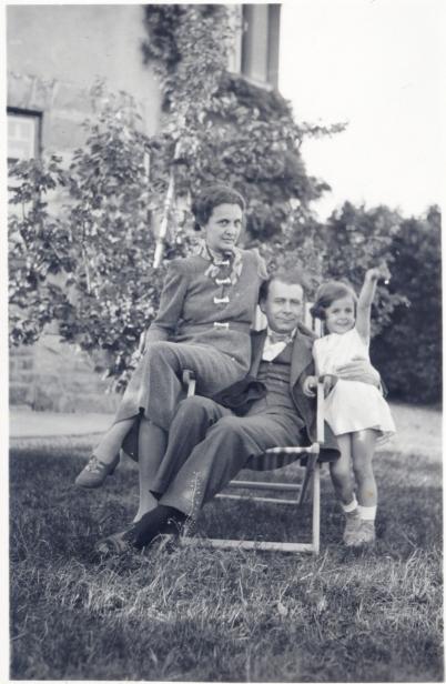 Lucian Blaga împreună cu familia
